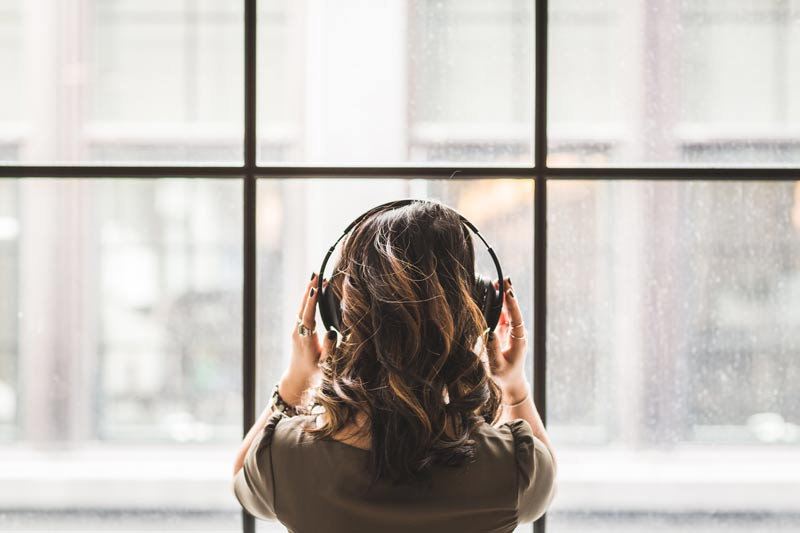 6 Inspiring Podcasts for the Female Entrepreneur